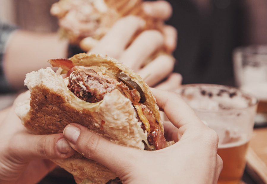Pane per hamburger: i migliori burger buns