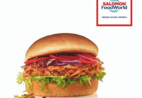 Pulled chicken burger salomon