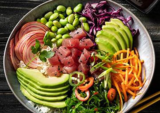 Poke bowl con Tuna cubes