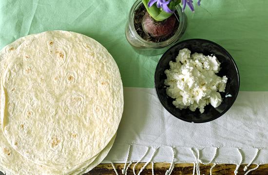 tortillas e formaggio